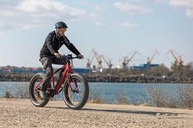 Integreaza in activitatile de zi cu zi cea mai buna bicicleta electrica pliabila, cu ajutorul careia sa te deplasezi oriunde si oricand iti doresti!